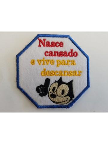 Nasce Cansado Vive Para...