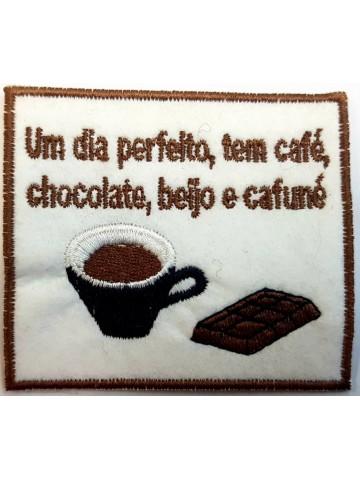 Um Dia Perfeito Tem Café...